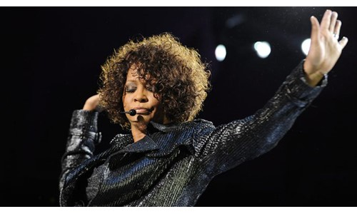 WHITNEY HOUSTON'IN HOLOGRAMI TURNEYE ÇIKIYOR